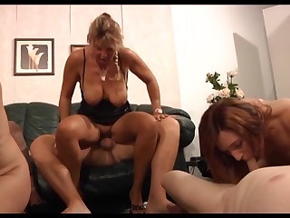 German sluts enjoying a swingers party at home and they rate how to have fun