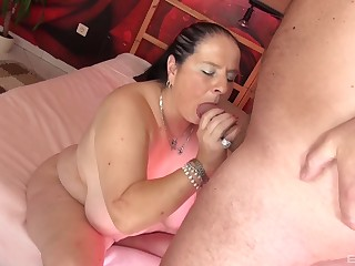 Smooth porn with a chubby floosie check a depart she gives head