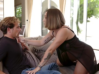 Fucking awesome Spanish MILF Betty Foxxx is made to abhor fucked daily